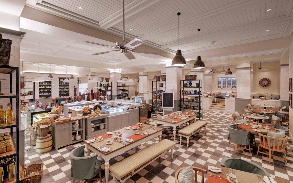 Strand hotel hotel at the mole in swakopmund for Design strandhotels