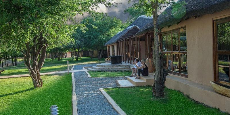 Kayova River Lodge